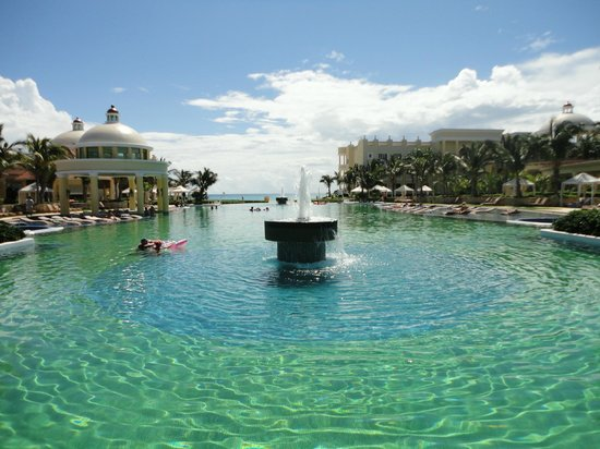 Iberostar Grand Hotel Paraiso:                   Pileta