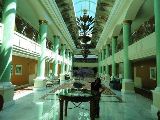 Iberostar Grand Hotel Paraiso:                   Otra foto del interior del hotel