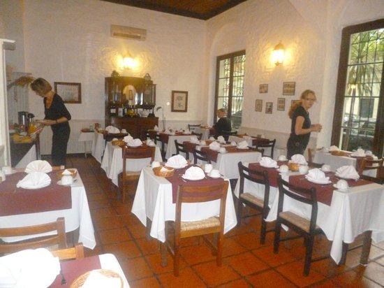 Don Antonio Posada: Comedor del hotel