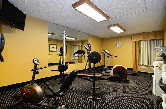 BEST WESTERN Yadkin Valley Inn & Suites: Fitness Center