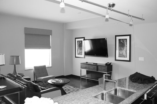 The Mayo Hotel:                   Mayo Suite - living room tv area