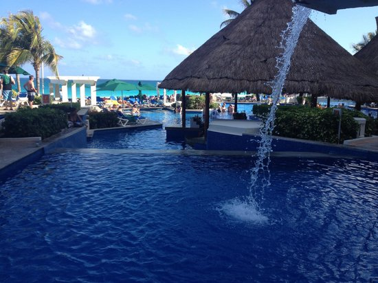 Royal Solaris Cancun:                   Pool view from waterfall