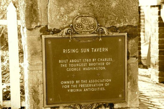 The Rising Sun Tavern: Sign outside