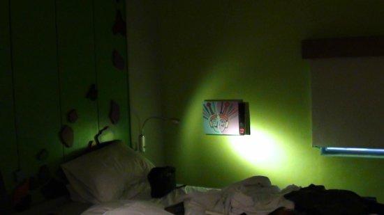 MaxOneHotels at Sabang:                                     room