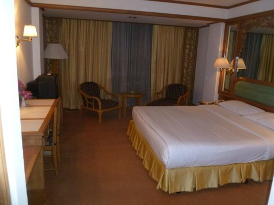 Montien Hotel Bangkok: A good but basic room