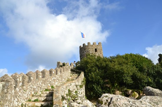 Castle of the Moors: it's lonely at the top