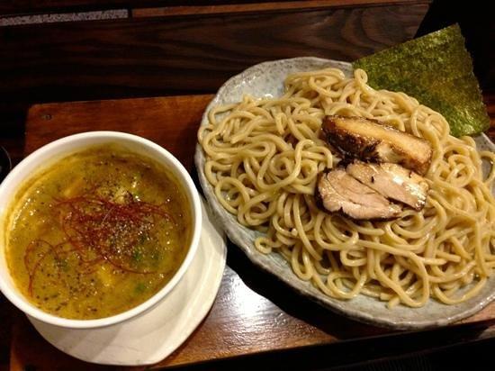 Murasakitakumino:                   お気に入りのカレーつけ麺です������麺は、ただで選べます