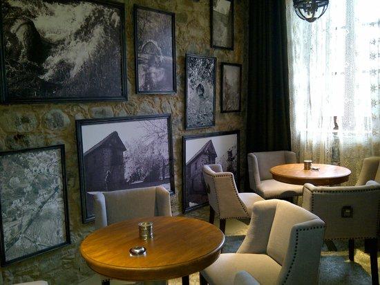 Casale Panayiotis: Lounge area!