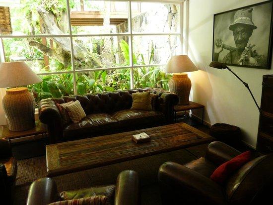 20 Degres Sud Hotel: Salon austral