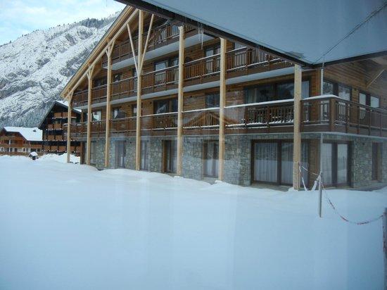 Mont Blanc Alpine Estate:                   Appartement blok