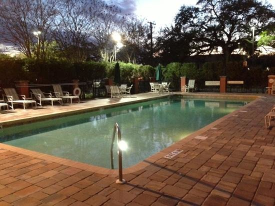 SpringHill Suites by Marriott Tampa Westshore Airport: outdoors pool