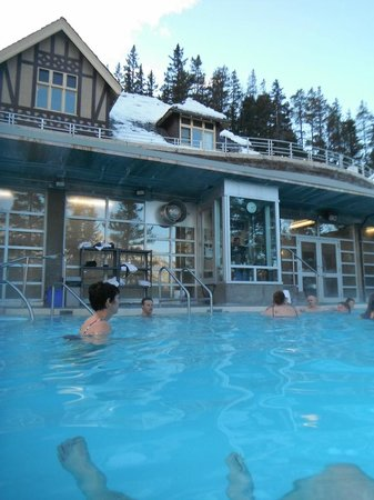 Banff Rocky Mountain Resort: Banff upper hot springs