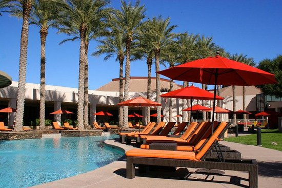 Harrah's Ak-chin Casino Resort: Pool Lounges Day M
