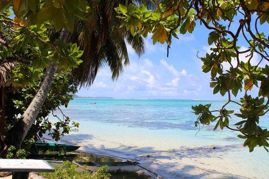 Le Village Faimano :                                     La plage de la pension