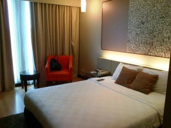 Hotel Grand Candi Semarang: nice room