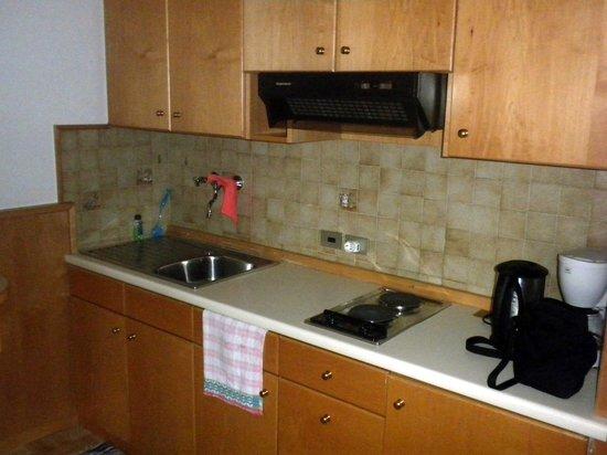 Pension Kranebitt:                   cucina appartamento n°2