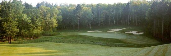 Deacon's Lodge Golf Course : Deacons #12