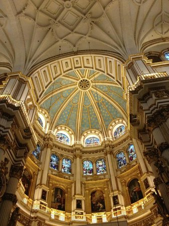 CAPILLA REAL - Picture of Cathedral and Royal Chapel ...