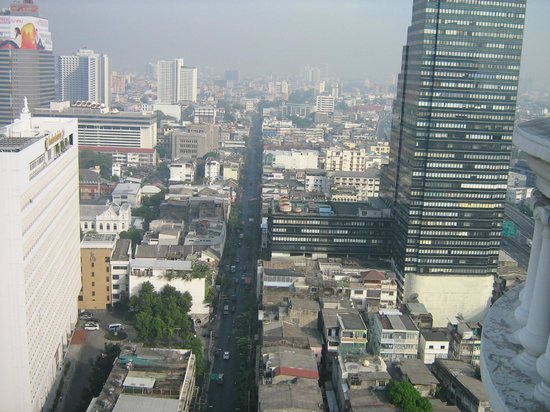 lebua at State Tower:                   VISTA DALLA NOSTRA SUITE