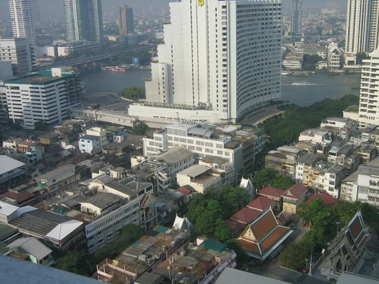 lebua at State Tower:                   VISTA DEL FIUME DALLA SUITE