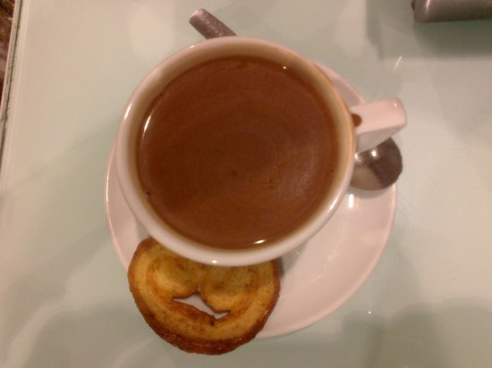 Cafe Irubi :                   Chocolatito caliente - Hot choco