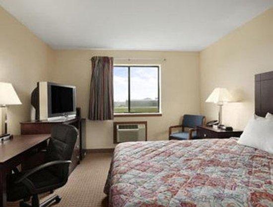 Super 8 Danville: Guest Room