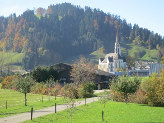 Emiliani Ristorante :                   hiking