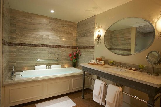 The Ivy at Verity: Bathroom - Room 2
