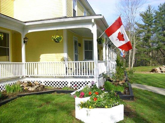 Kempt, Kanada:                                     front garden