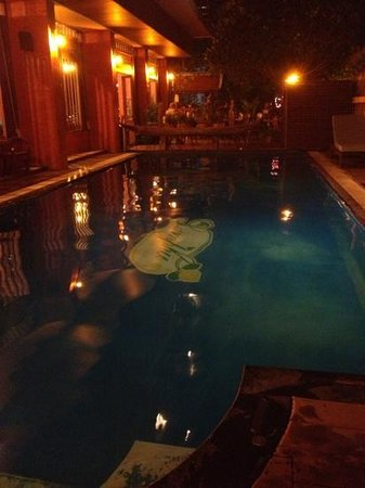 Lamphu Tree House:                   piscine