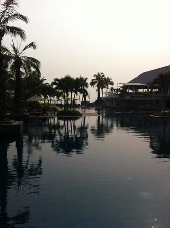 Novotel Hua Hin Cha Am Beach Resort and Spa: lovely pool area