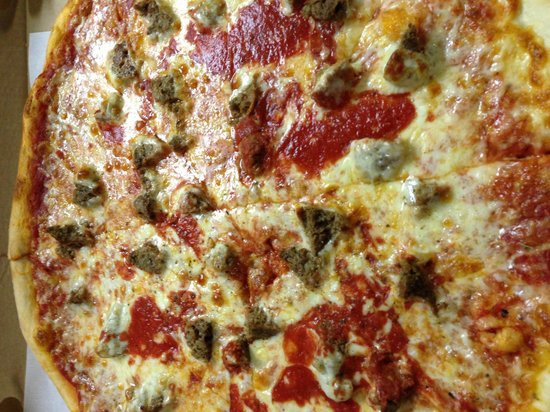 Robesonia, Pennsylvanie :                   18 Inch MeatBall Parm Pizza !