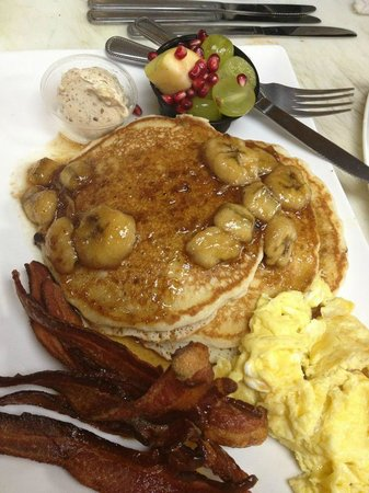 Mr Charles Market Cafe: Fat Farmers Breakfast - sunday Brunch