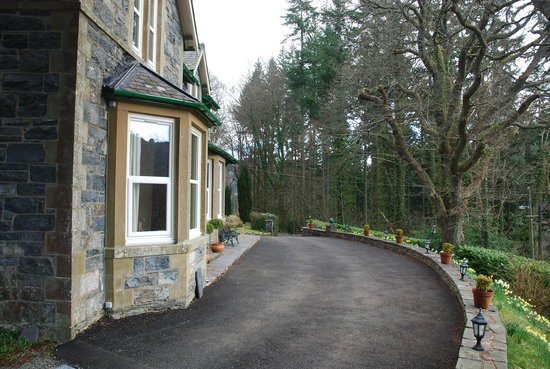 Tan Dinas Country House: Outside View