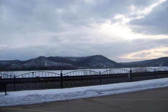Trempealeau Hotel :                   Bluffs over the Mississippi view