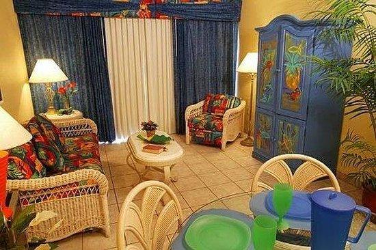 Lifetime of Vacations Resort at Grand Lake: Living Area at Grand Lake Resort Kissimmee