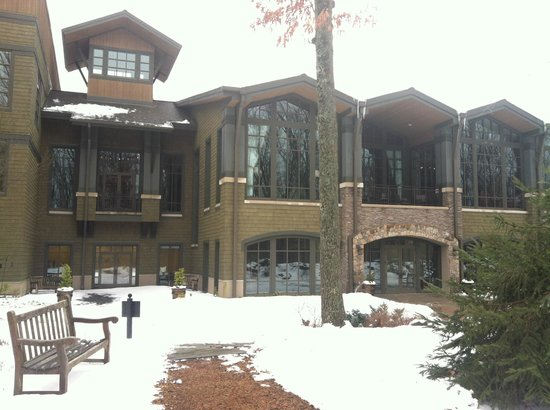 The Lodge at Woodloch:                   rear entrance