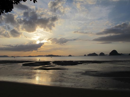 The Tubkaak Krabi Boutique Resort:                   Sunset View