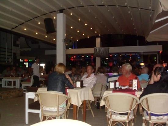 โรงแรมมาลิบู บีช:                   malibu beach bar