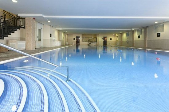 The Montenotte Hotel: Swimming Pool