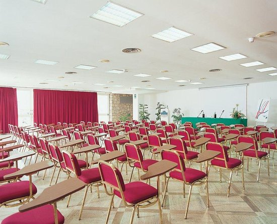 La Residenza: Meeting Room