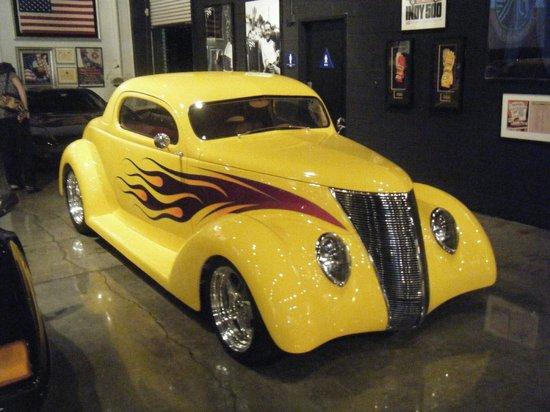 Marconi Automotive  Museum : Classic hot rod.