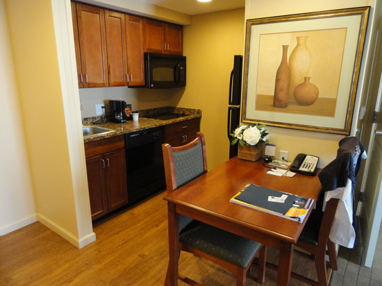 Homewood Suites by Hilton Denton:                                     Kitchen