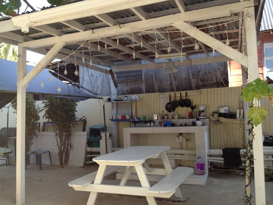 Blue Wave Guest House:                   Well equipped outdoor kitchen, lit up at night