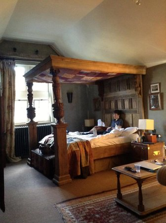 Charlton House Spa Hotel Somerset:                   Bed