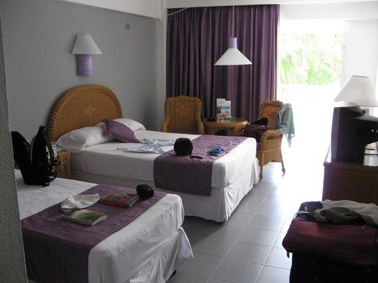 Hotel Riu Naiboa:                   Værelse