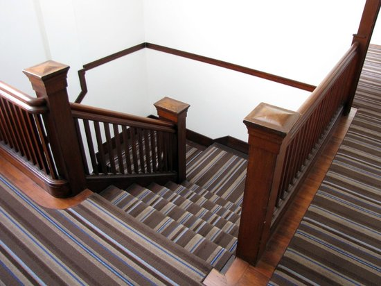 Commodore Hotel:                   stairway