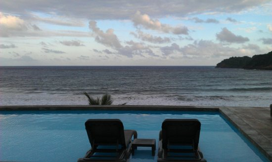Pagua Bay House Oceanfront Cabanas:                                     Pool/Beach area
