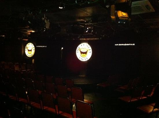 Comedy Store London Piccadilly Circus :                   it's every man for himself with the seats. they start filling 1hr before.