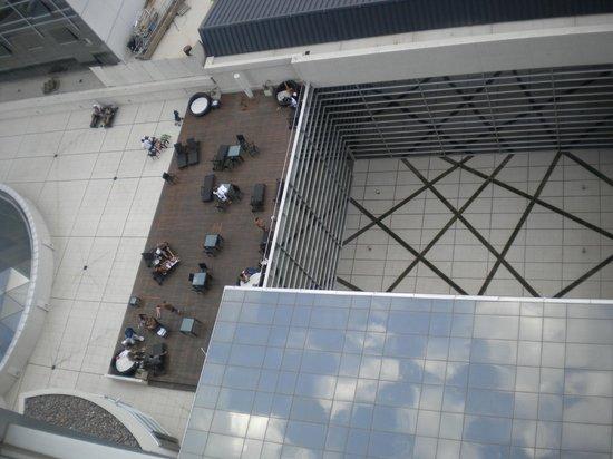 InterContinental Mendoza:                   vista al solarium desde habitacion piso 12